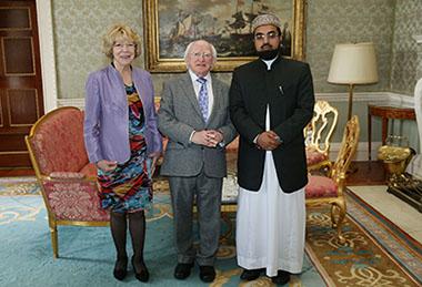 Shaykh-Umar-Al-Qadri-meets-irish-president